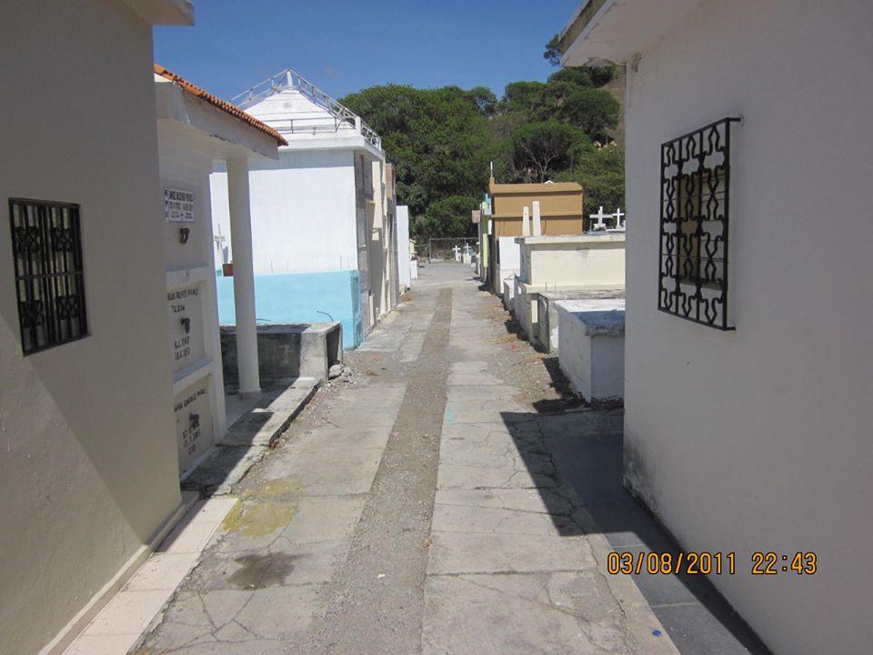 Limpieza del Campo Santo de Nuestro Municipio